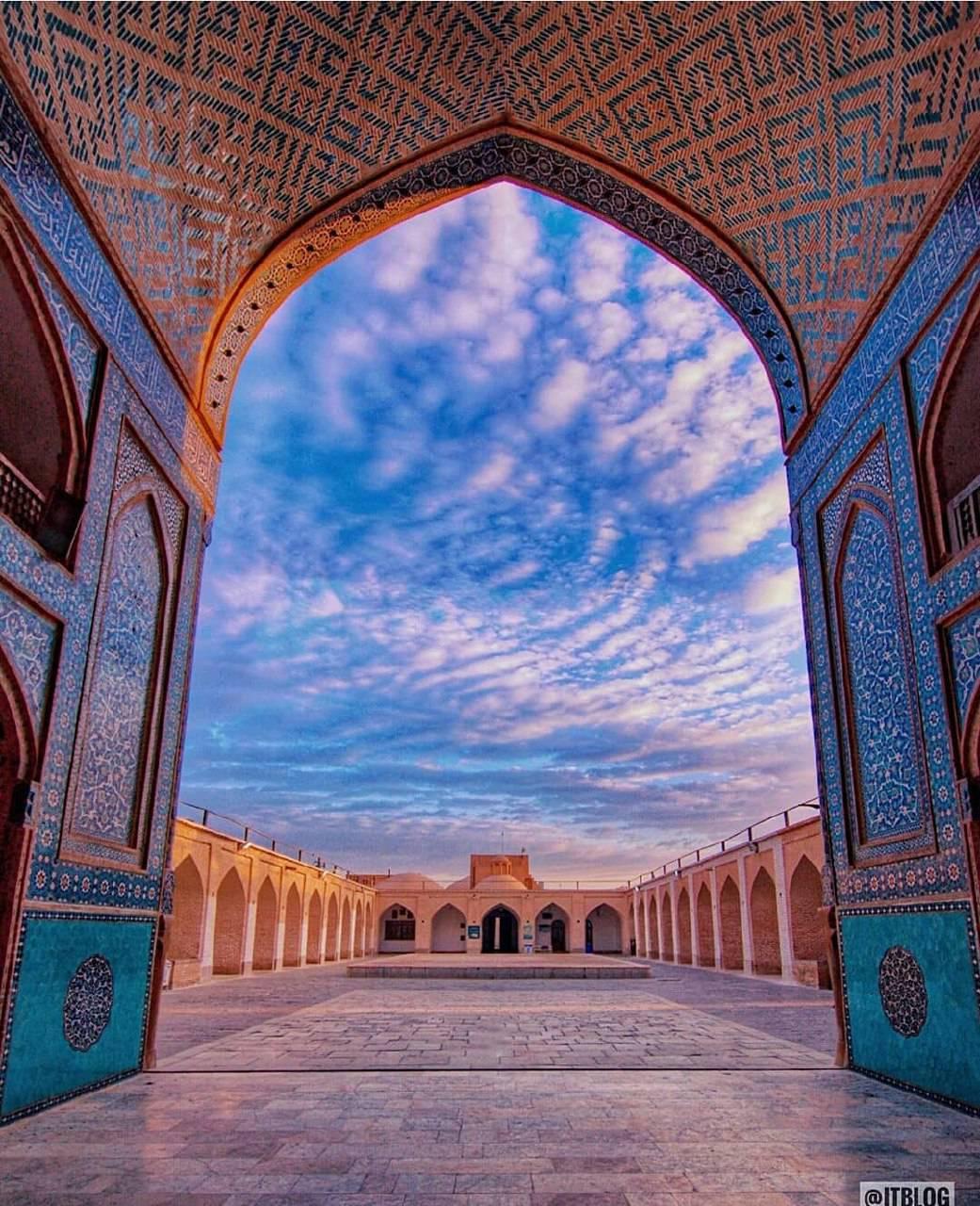 معماری زیبا و چشم نواز مسجد جامع یزد