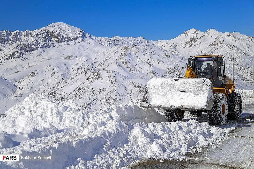 برف و کولاک شدید در جادهها تا چهارشنبه