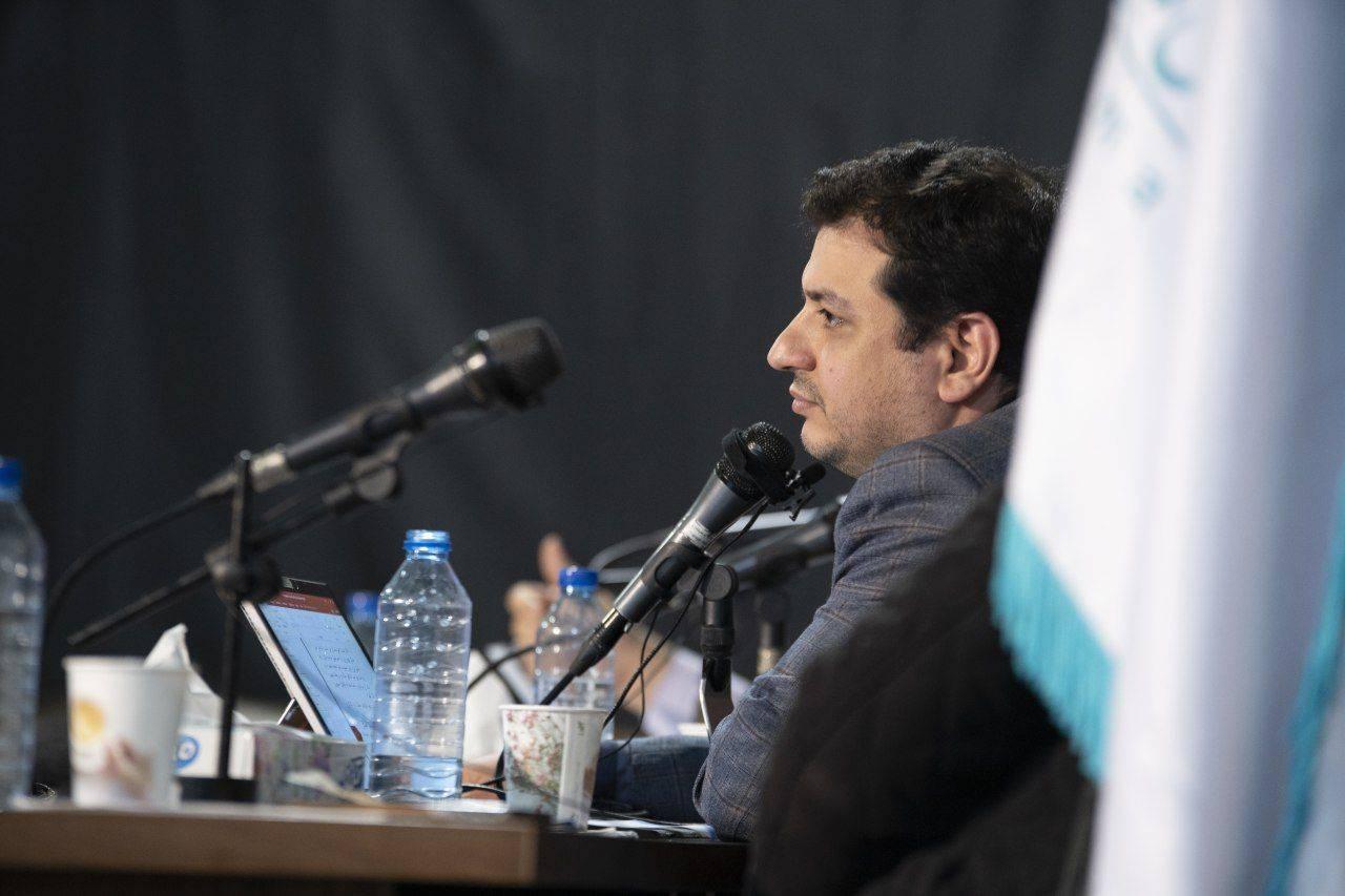 دانلود سخنرانی استاد رائفی پور « شاخصهی مجلس کارآمد »