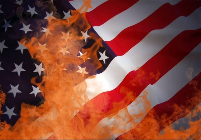 دانلود آهنگ « امریکا »