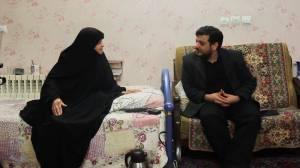 دیدار استاد رائفی پور با خانواده شهید صنیع خانی