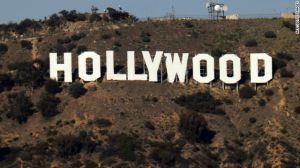 چه کسی از هالیوود شکایت کرده است؟