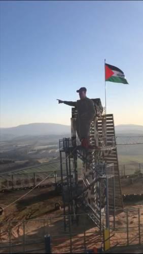 تندیس سپهبد شهید سلیمانی در مرز فلسطین
