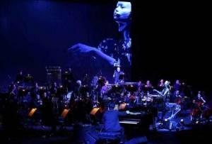 کنسرتي که توسط يک ربات رهبري شد!