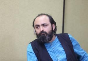 حبيبيکسبي: جشنواره شعر فجر با انقلاب همراه نيست