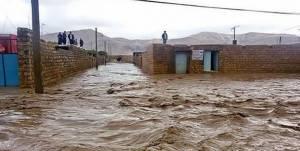 تداوم بارشهای سیل آسا در لرستان/ مردم از سفرهای غیرضروری پرهیز کنند